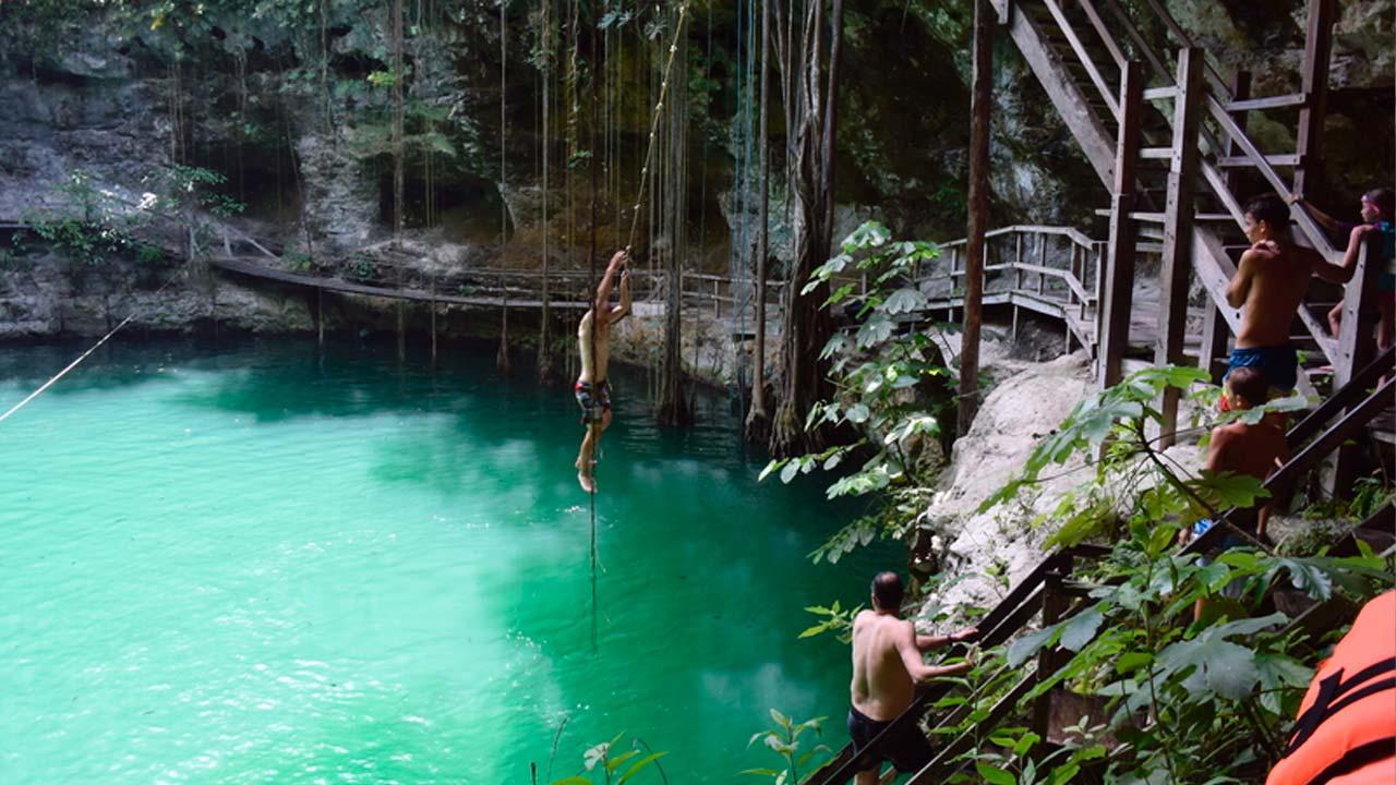 Cenote-X'Canché-Yucatan-2
