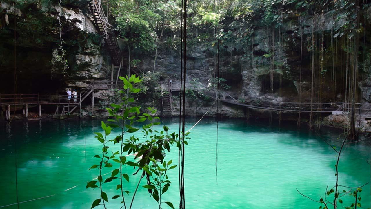 Cenote-X'Canché-Yucatan-3