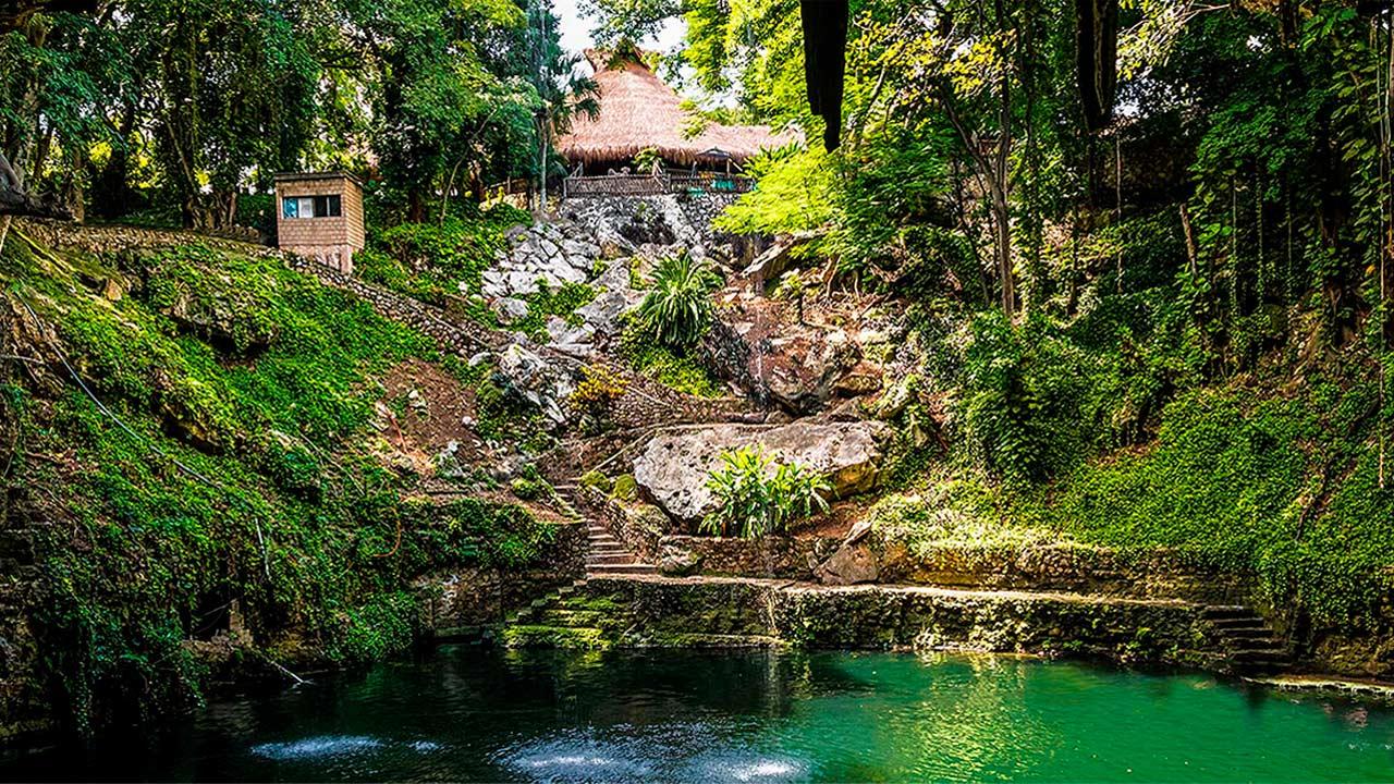 Cenote-ZACI-valladolid-yucatan