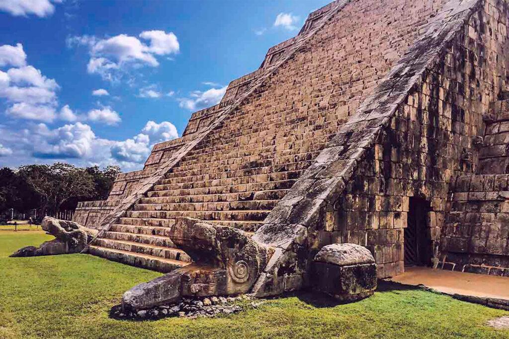 Pirámide o Castillo de Kukulkán